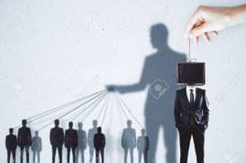 La manipolazione dei media nasce dalle parole (Lockdown, green pass, job act, stepchild adoption)
