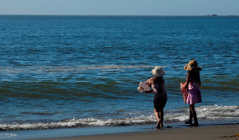 Gentilezza bambini al mare