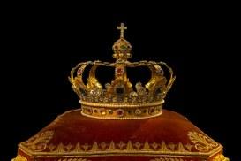 Una corona per ciascun sovrano