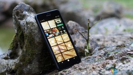 Smartphone: Android continua a dominare anche in Italia