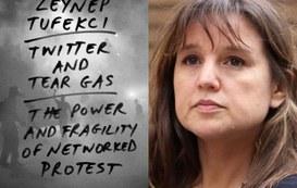 Internet e politica: come usano la tecnologia i governi e i movimenti di protesta