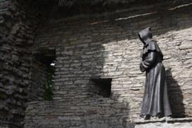 Non confessarti online, il confessore digitale non garantisce alcuna riservatezza