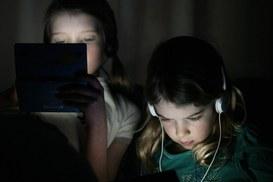 Ti tolgo internet! I genitori si ribellano ai tablet.