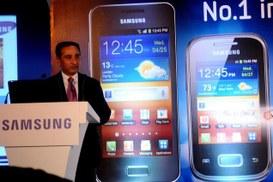 Smartphone: Samsung distanzia Apple