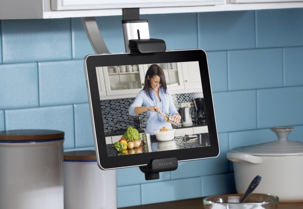 Il tablet in cucina solotablet for Grandi case cabinate