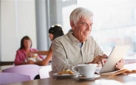 Tablet e APP per combattere la solitudine
