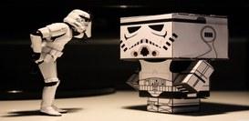 Chatbot, robot, macchine intelligenti e... senso del ridicolo