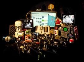 La complessità tecnologica che diamo per scontata