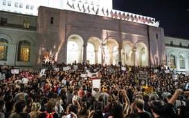 Tecnologia, primavere arabe e movimenti anti-Trump
