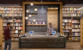 Amazon: dopo aver fatto chiudere migliaia di librerie ora ne apre una!
