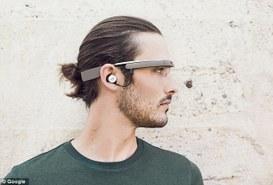 Google Glass alla seconda generazione, prima del loro rilascio definitivo
