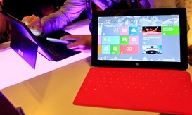Microsoft, Apple, due strategie a confronto